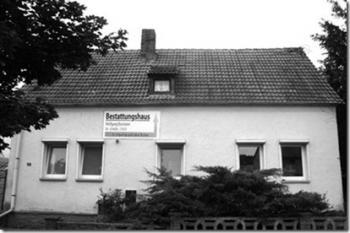 bestattungshaus bosmann seit 1990 in halle saalekreis bestatter. Black Bedroom Furniture Sets. Home Design Ideas